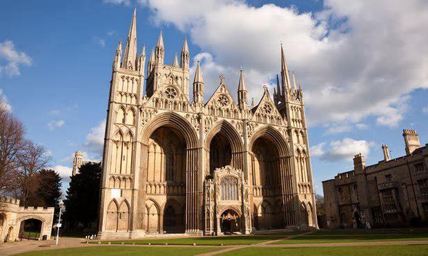 بحران شدید اقتصادی کلیساهای جامع انگلستان