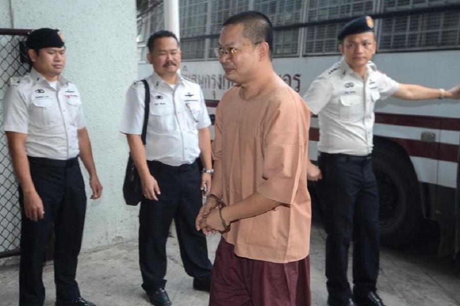 تایلند با فساد راهبان بودایی مقابله می کند