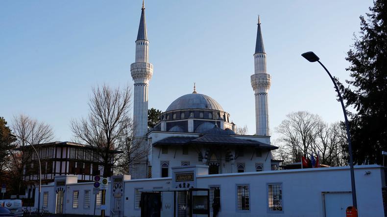 آلمان برای مقابله با افزایش جمعیت مسلمانان باز هم مالیات آنها را افزایش میدهد
