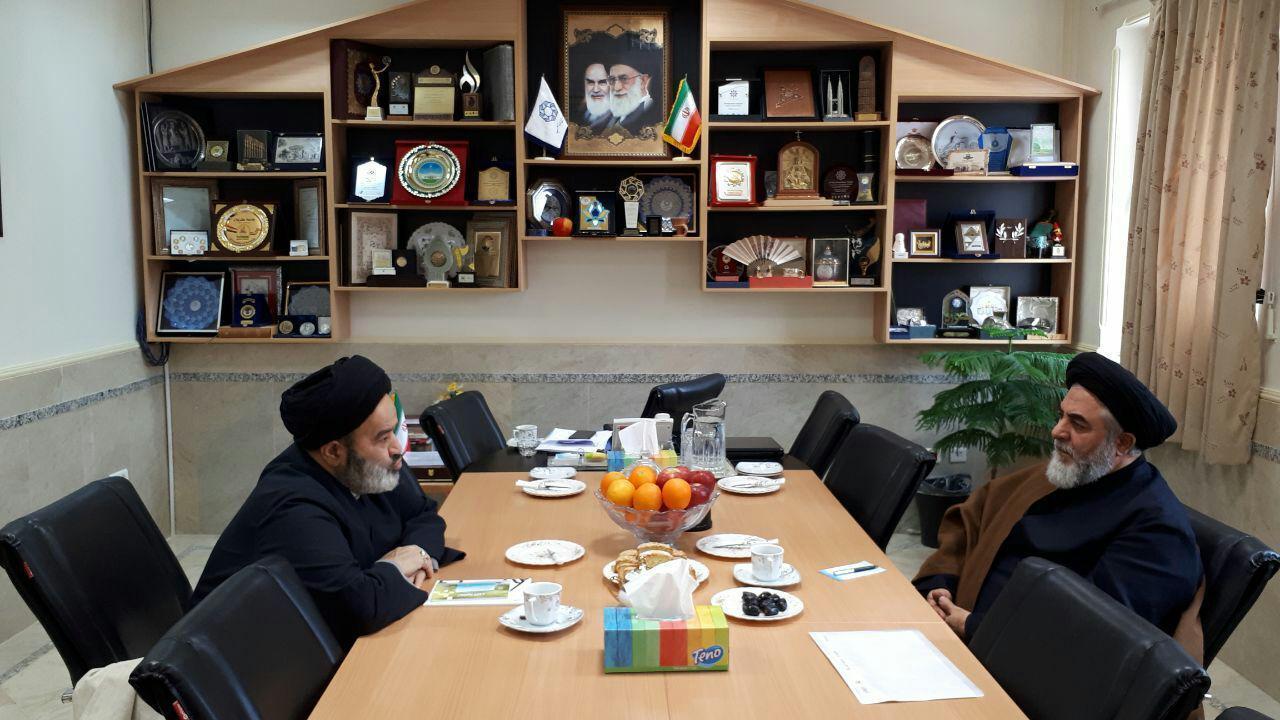 رهبران و اندیشمندان ادیان و مذاهب توطئهها علیه دینزدایی را خنثی نمایند