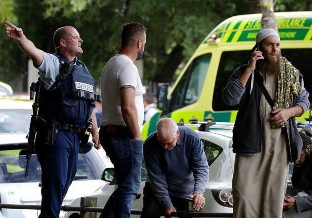 ادای احترام و همدردی اقشار و ادیان مختلف نیوزیلند با مسلمانان