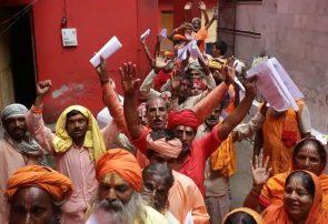 عکس / هندوهای کشمیر در صف ثبتنام برای زیارت غار آمارناث