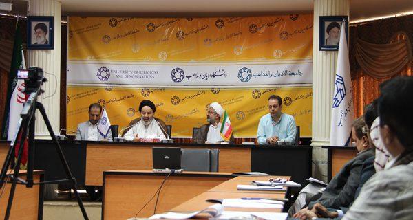 نقش گسترش سه دین بزرگ در جهان معاصر بر عهده حکومتهای ایران بوده است