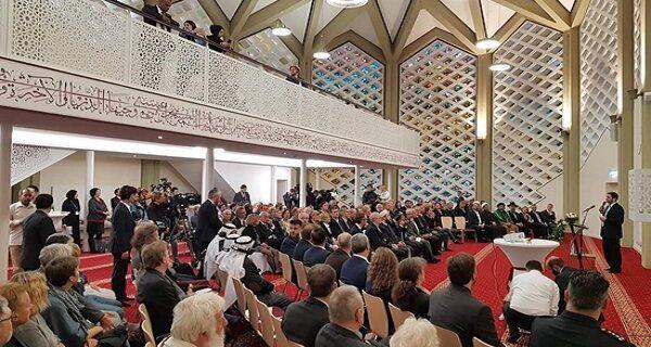 مسجدی در هامبورگ که محل ملاقات مسیحیان، مسلمانان و یهودیان است