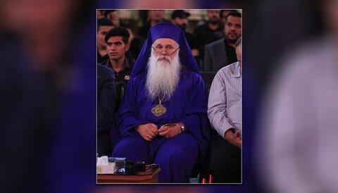 هنگام ورود به حرم امام حسین(ع) احساس کردم بین مسلمانان و مسیحیان ارتباطی وجود دارد