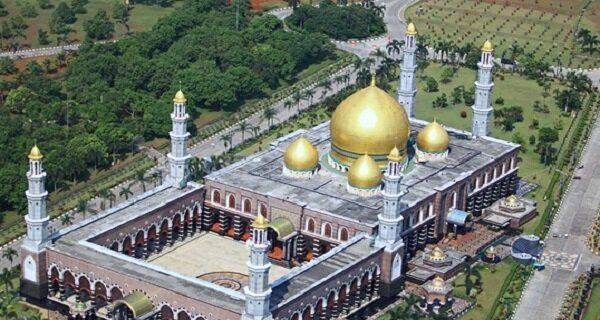 آشنایی با مسجد گنبد طلایی اندونزی