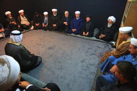 اسلام انسانها را به محبت و احترام به دیگران تشویق میکند