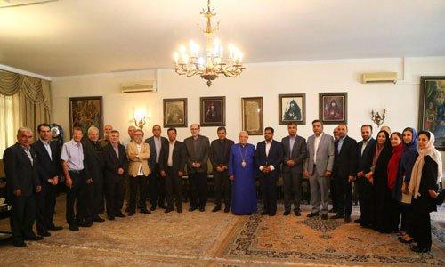 تقدیر از مساعدتهای دولتی در زمینه فعالیتهای عمرانی در آرامستانهای ارامنه تهران
