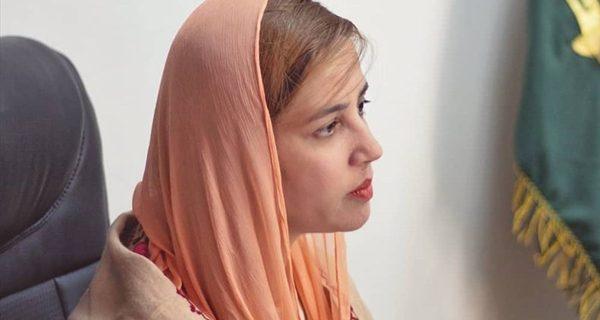 داستان اشک / احساسات خانم وزیر اهل سنت درباره فاجعه کربلا