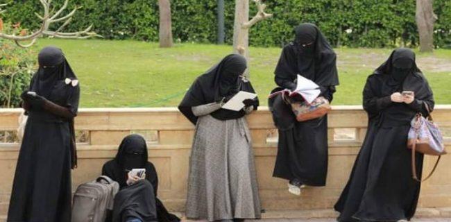 عقب نشینی پاکستان از دستور اجرای حجاب در مدارس