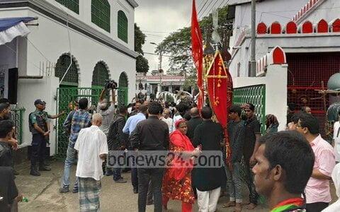 مراسم عزاداری روز عاشورا باشکوه تمام در بنگلادش برگزار شد + تصاویر