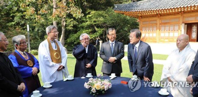 کره جنوبی خواستار کمک ادیان برای حل معضلات اجتماعی شد