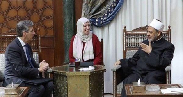 تأکید شیخ الازهر بر گفتوگوی اسلام و مسیحیت