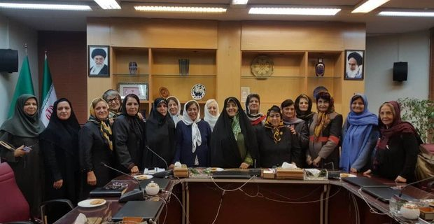پیگیری مشکلات تشکلهای زنان ادیان