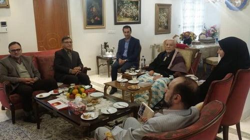 عیادت نمایندگان وزارت فرهنگ و ارشاد اسلامی از اسقف اعظم ارامنه تهران