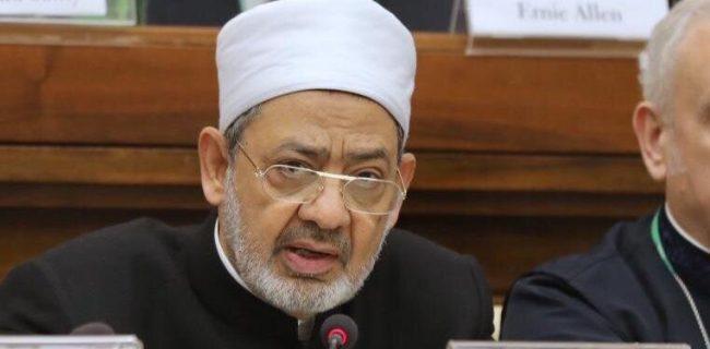شیخ الازهر درباره پیامدهای فاجعه بار فضای مجازی هشدار داد