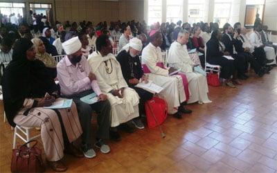 بررسی وحدت الهی از دیدگاه همه ادیان ابراهیمی در کنیا