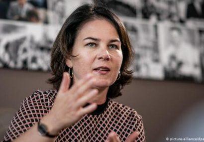 تلاش رهبر حزب سبزهای آلمان برای انتقال زنان و کودکان ایزدی به کشورش
