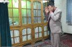 نماز اول وقت دستاندرکاران انتخابات در کنیسه یهودیان شیراز؛ نمادی از وحدت